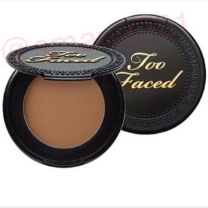 2️⃣ for $19!💛Too Faced Chocolate Soleil Bronzer